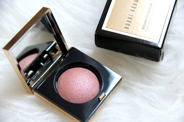 Review Swatches Bobbi Brown Sequin Eyeshadow In Rose Gold