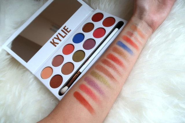Kylie Holiday Eyeshadow Palette by Kylie Cosmetics #4